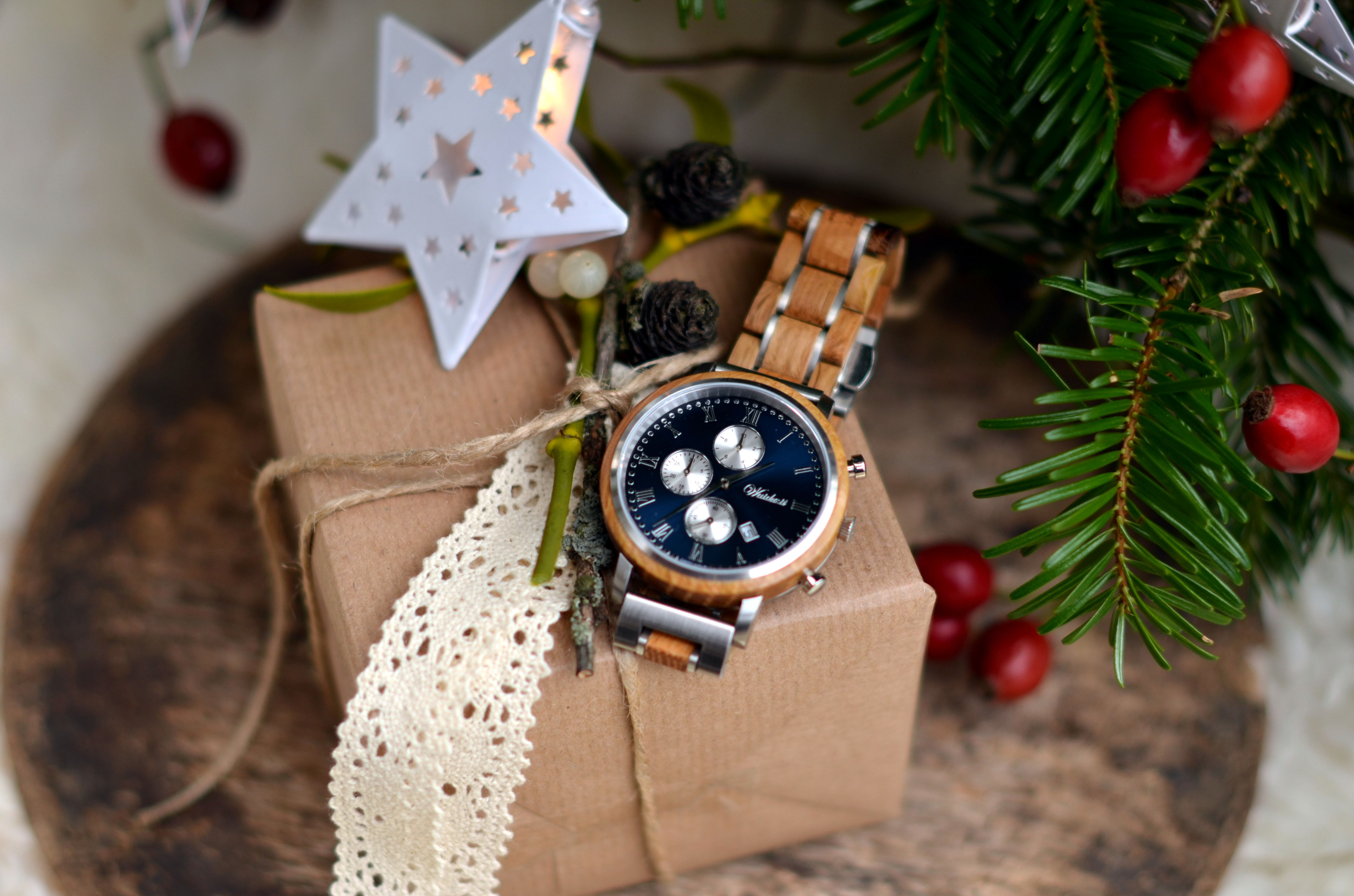Underneath the christmas tree | Chronograph Whisky Swiss Mountain blue Herrenuhr